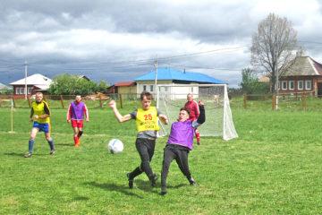 В Нязепетровске прошли матчи по мини-футболу