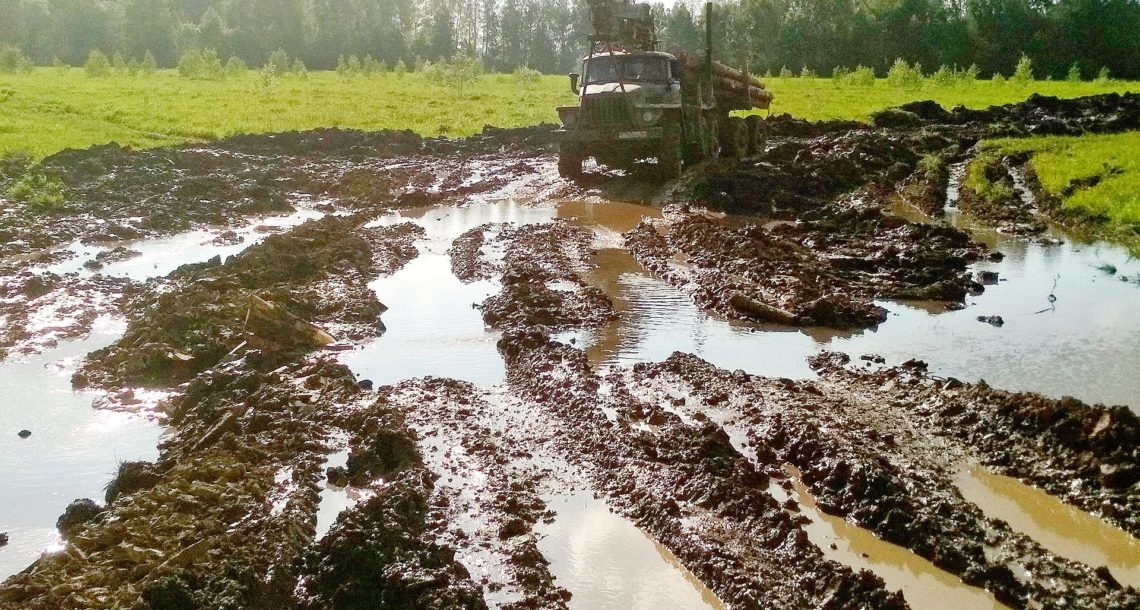 В Нязепетровском районе бульдозер разорил плодородную землю