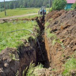 В с. Арасланово Нязепетровского района ремонтируют водопровод