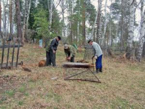 В Нязепетровском районе кладбище привели в порядок