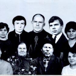 Семья Чепуровых из Нязепетровского района