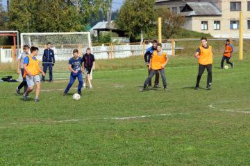 Футболисты в Нязепетровске