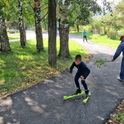 Лыжники в детском парке Нязепетровска