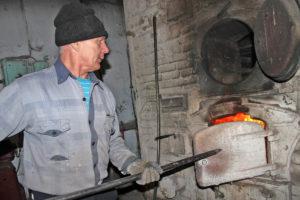 А. Ф. Опалатенко, кочегар в пекарне с. Шемаха Нязепетровского района