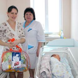 Семья Дукиных из Нязепетровска получила подарок к рождению малыша