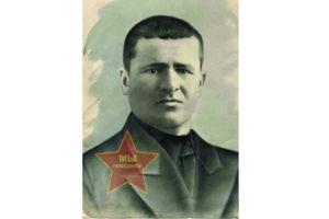 Житель Нязепетровска П.В. Котов