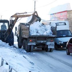 Уборка снега в Нязепетровске
