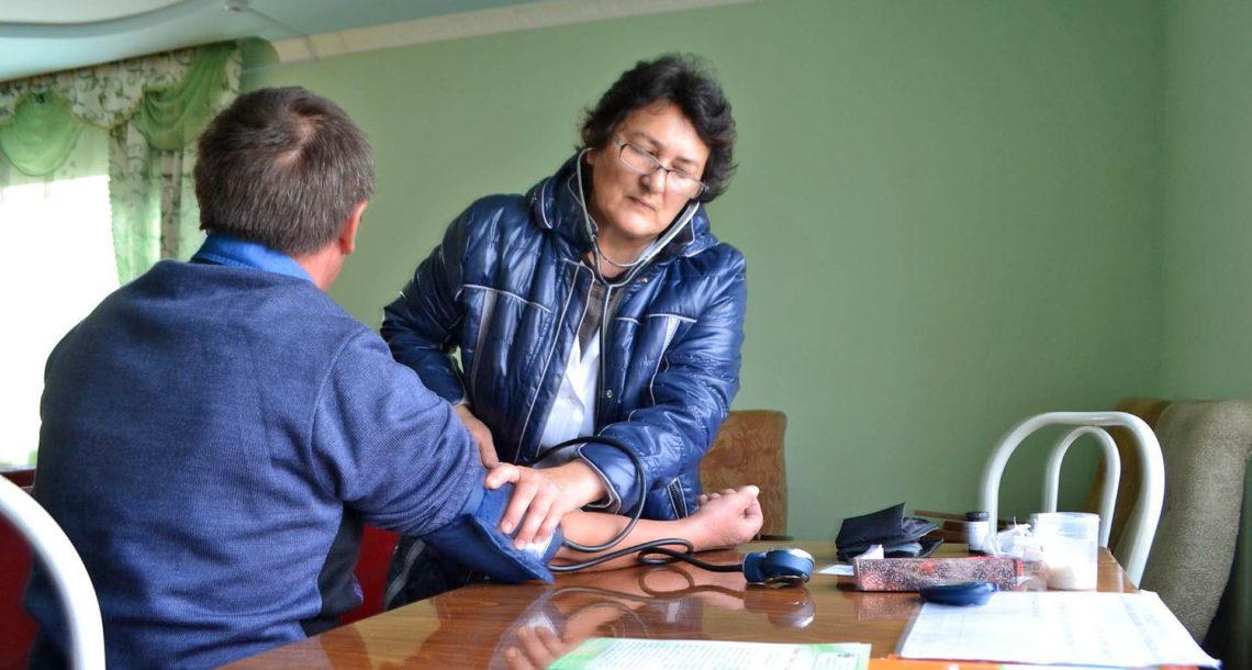 З.С. Хамитова, фельдешер в ФАПе Нязепетровского района