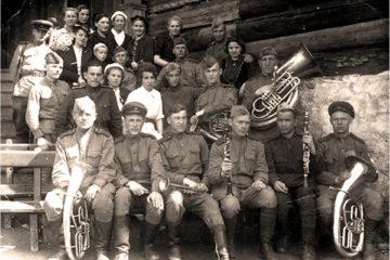 Курсанты Ростовского училища в Нязепетровске