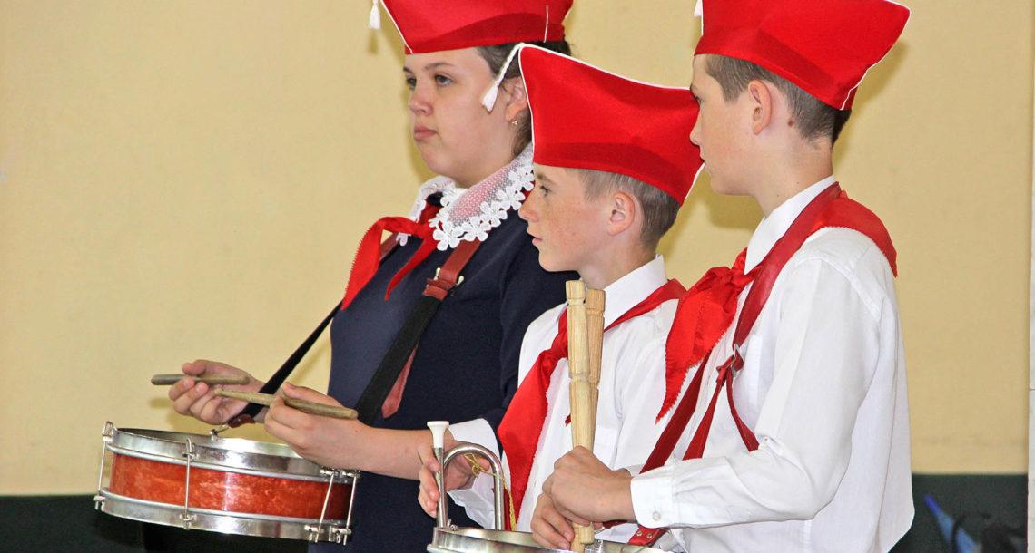 Прием в пионеры в Нязепетровске