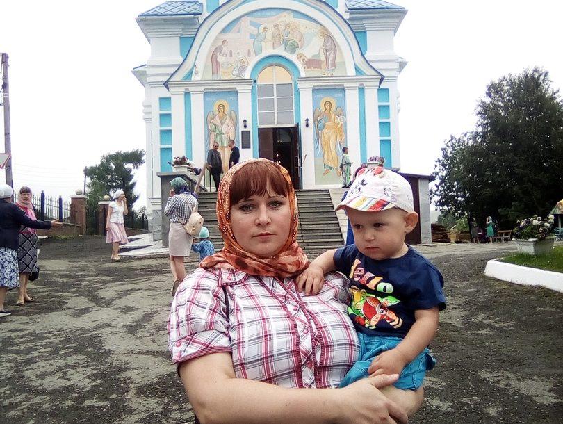 В Нязепетровском районе пропала женщина с двухлетним ребенком
