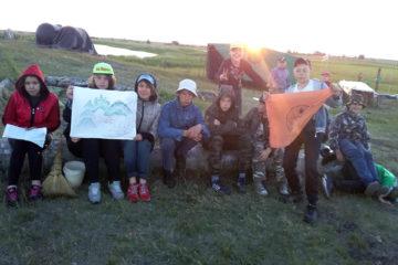Школьники из Нязепетровского района на археологической экспедиции