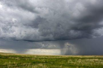 На Южный Урал идут дожди с градом