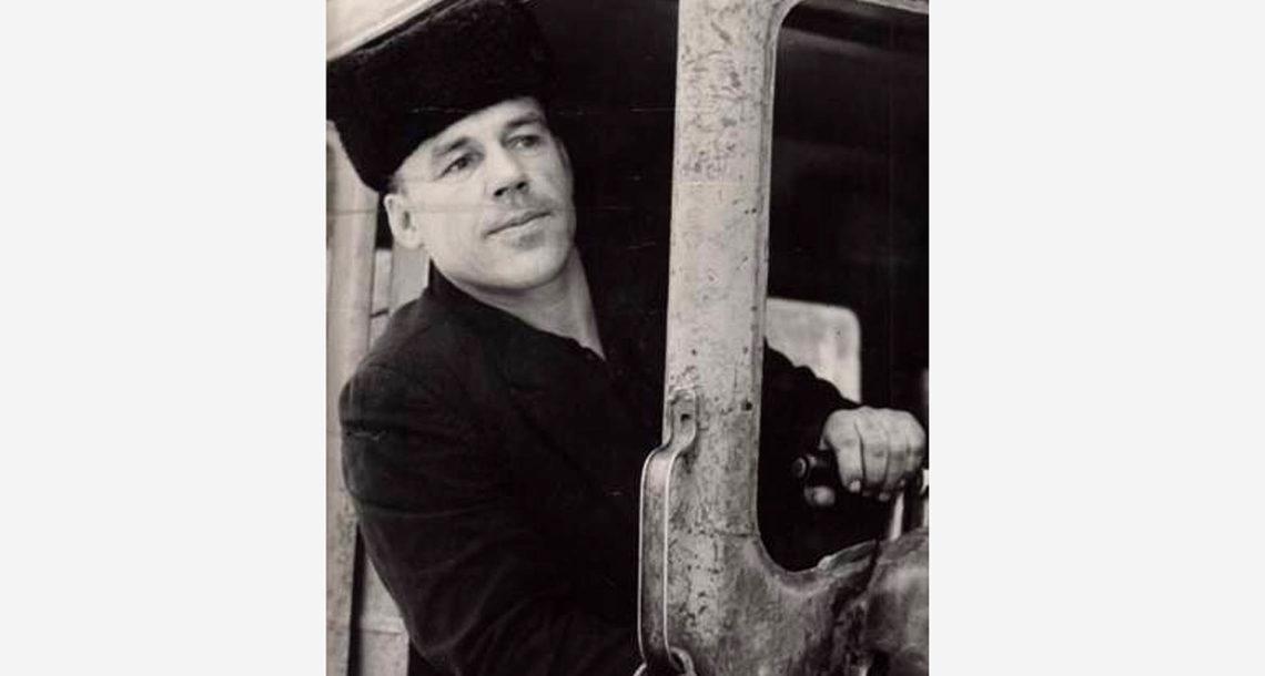 В.С. Берсенев, тракторист Гривенского совхоза
