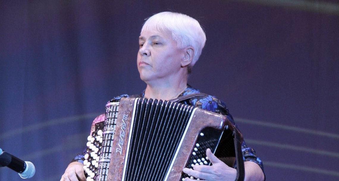 Н. Гилязтдинова, солистка РДК г. Нязепетровска