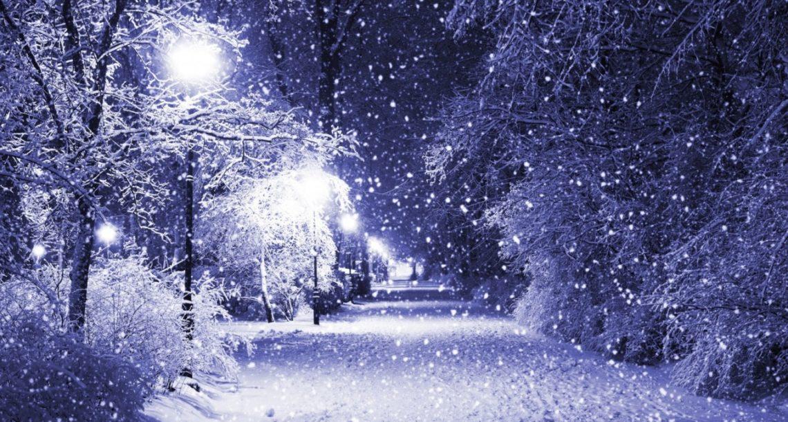 В Челябинскую область идет снег