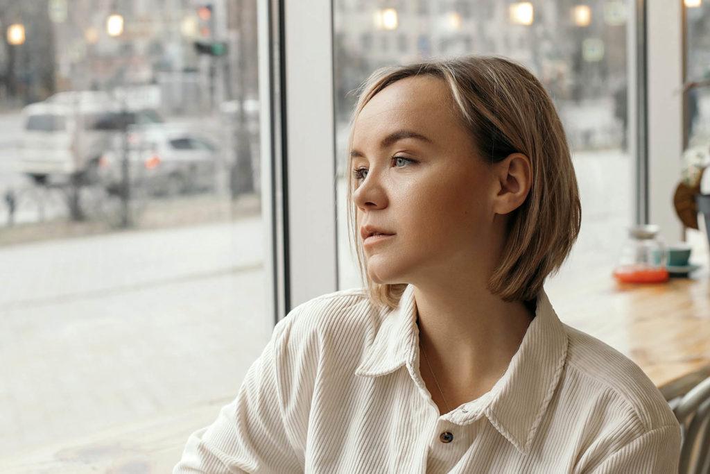 Работа девушке моделью нязепетровск найти работу в курске девушке