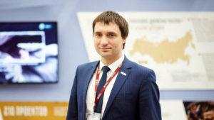 А. Шарпилов набирает помощников