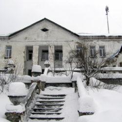 Старый хирургический корпус в Нязепетровске выглядит удручающе