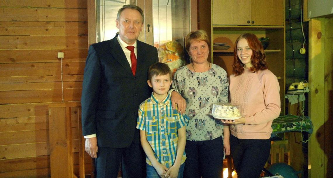 В.Г. Селиванов под новый год исполнил детскую мечту