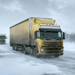 Большегрузам временно запретят передвигаться по дорогам