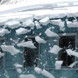 Весенний снег опасен для проводов