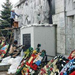 Памятник нязепетровцам, павшим на фронтах Великой Отечественной войны