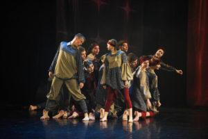 Танцевальный коллектив «Светлое настоящее» из Нязепетровска