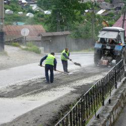 В Нязепетровске начали ремонтировать дороги