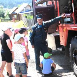 Пожарные в лагере СОШ №3 г. Нязепетровска