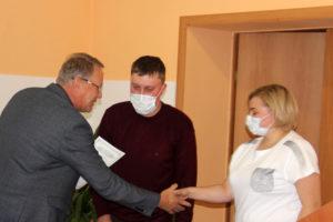 В Нязепетровске молодые семьи получи жилищные сертификаты