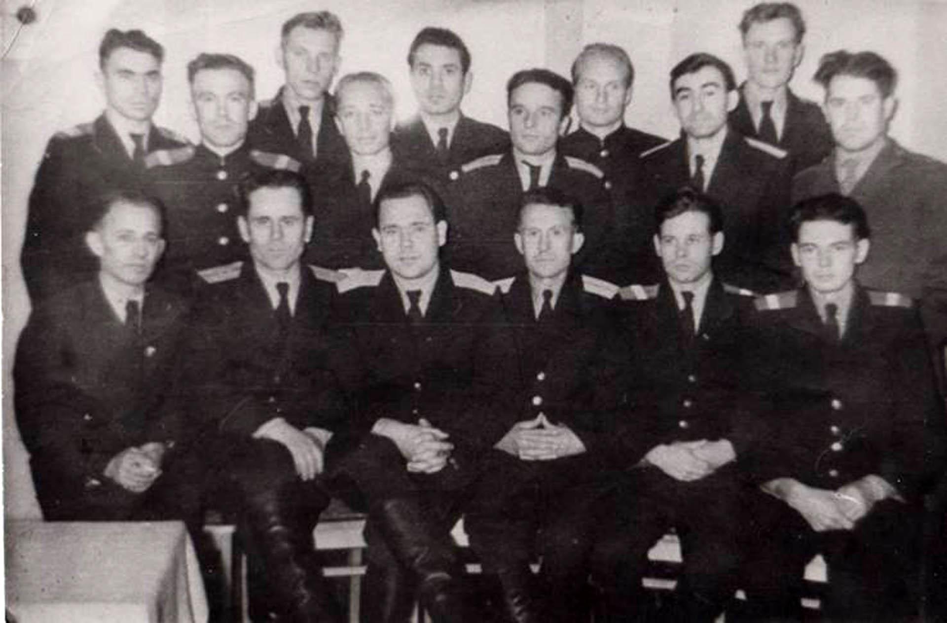 Сотрудники Нязепетровской милиции в  конце  50-х годов  ХХ века