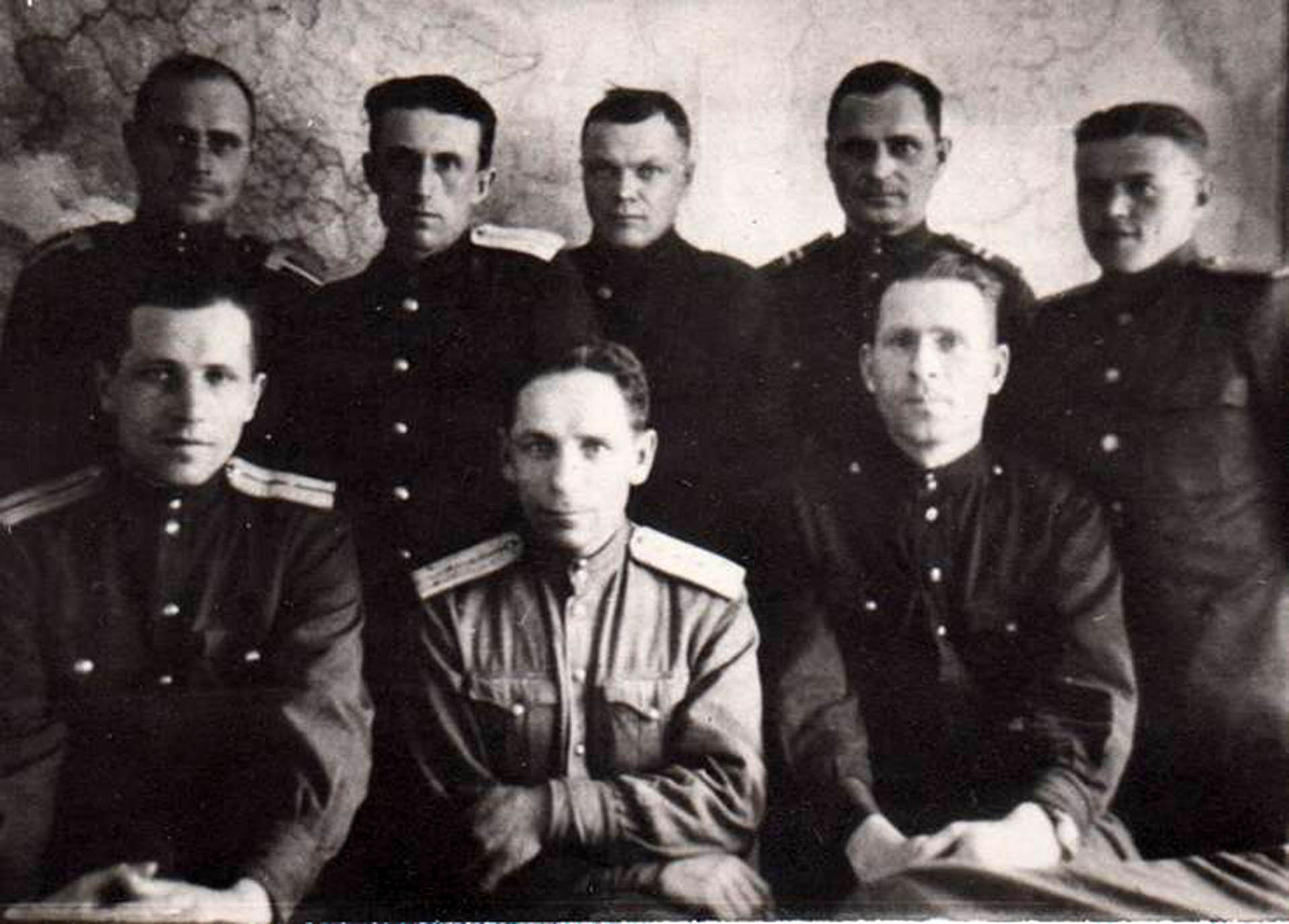 Сотрудники милиции в Нязепетровске, фото 1949 года.