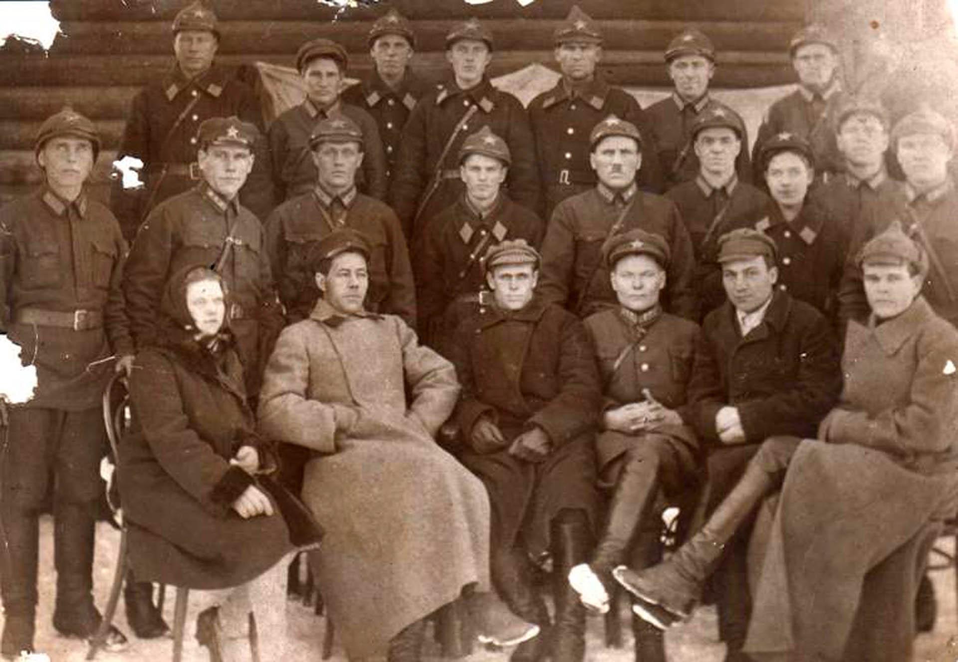 Районный отдел милиции в Нязепетровском районе, фото 1936 года.
