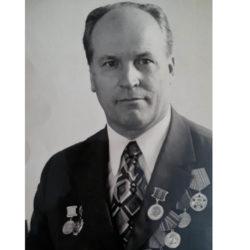 В.Ф. Золотов из Нязепетровска