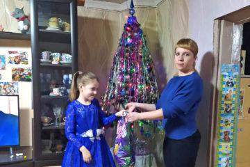 Новогодний подарок от благотворителя из Нязепетровска