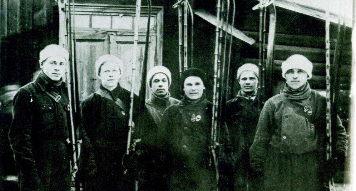 Комсомольцы из Нязепетровска