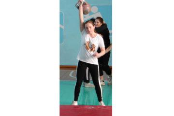 Соревнования гиревиков в Нязепетровске