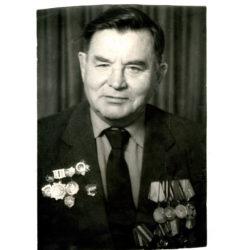 М.И. Кузнецов из Нязепетровска