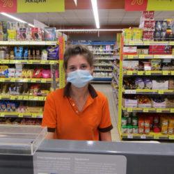 В Нязепетровских магазинах масочный режим соблюдают